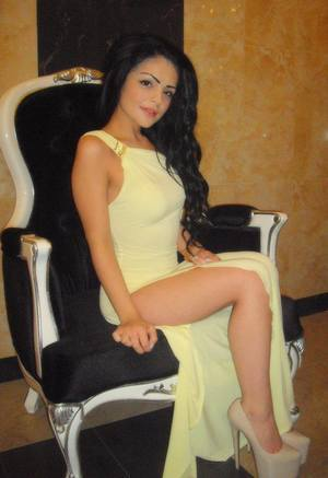 Angie from Dolphin, Virginia is looking for adult webcam chat