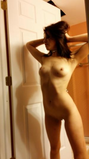 Chanda from Craig, Alaska is looking for adult webcam chat
