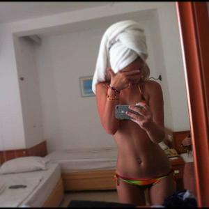 Marica from Monitor, Washington is looking for adult webcam chat