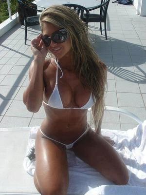 Luann from Hawaii is looking for adult webcam chat