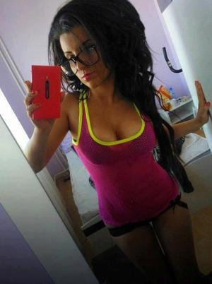 Kristel from Alexandria, Kentucky is interested in nsa sex with a nice, young man
