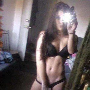 Janna from Burlington, Washington is looking for adult webcam chat