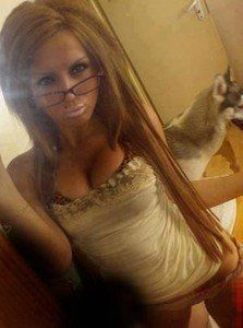 Looking for local cheaters? Take Roxanna from Anatone, Washington home with you